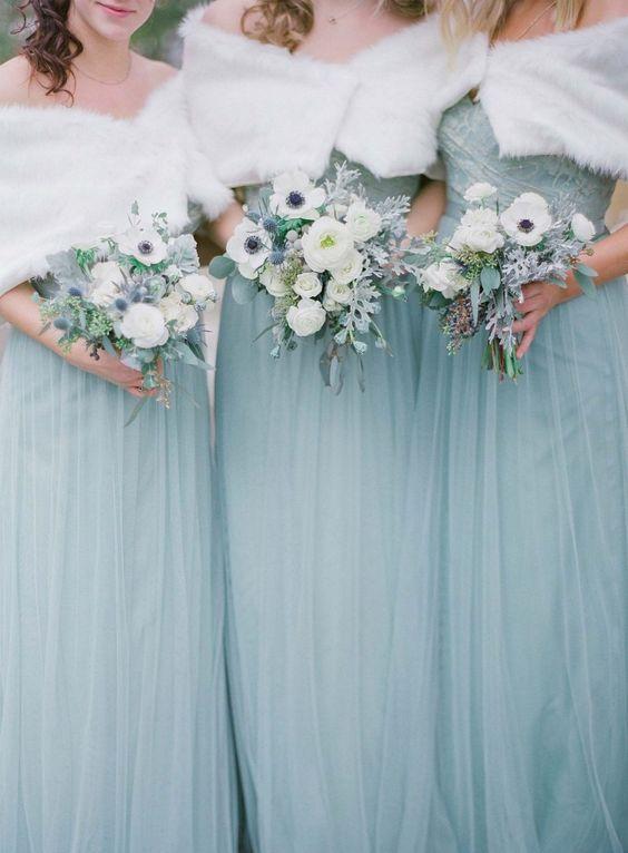 bridesmaid cover-ups winter wedding tips