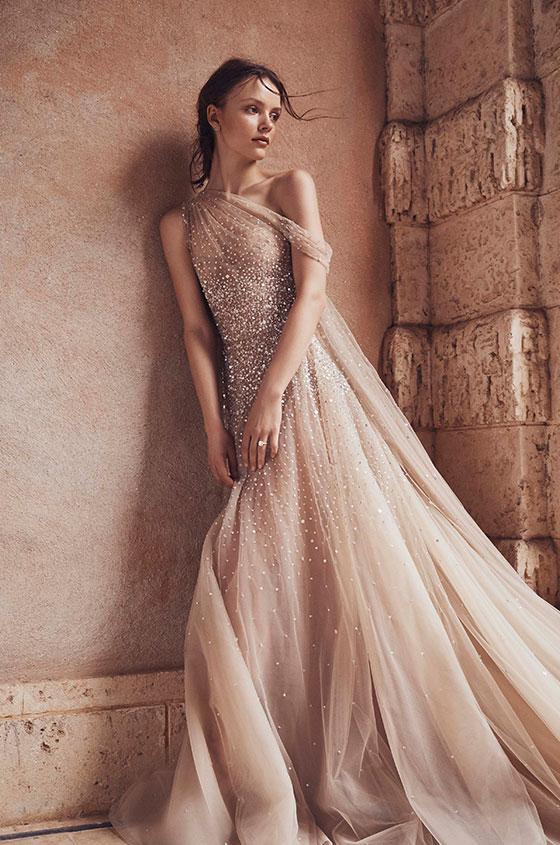 Monique Lhuillier bridal gown wedding planner Paris
