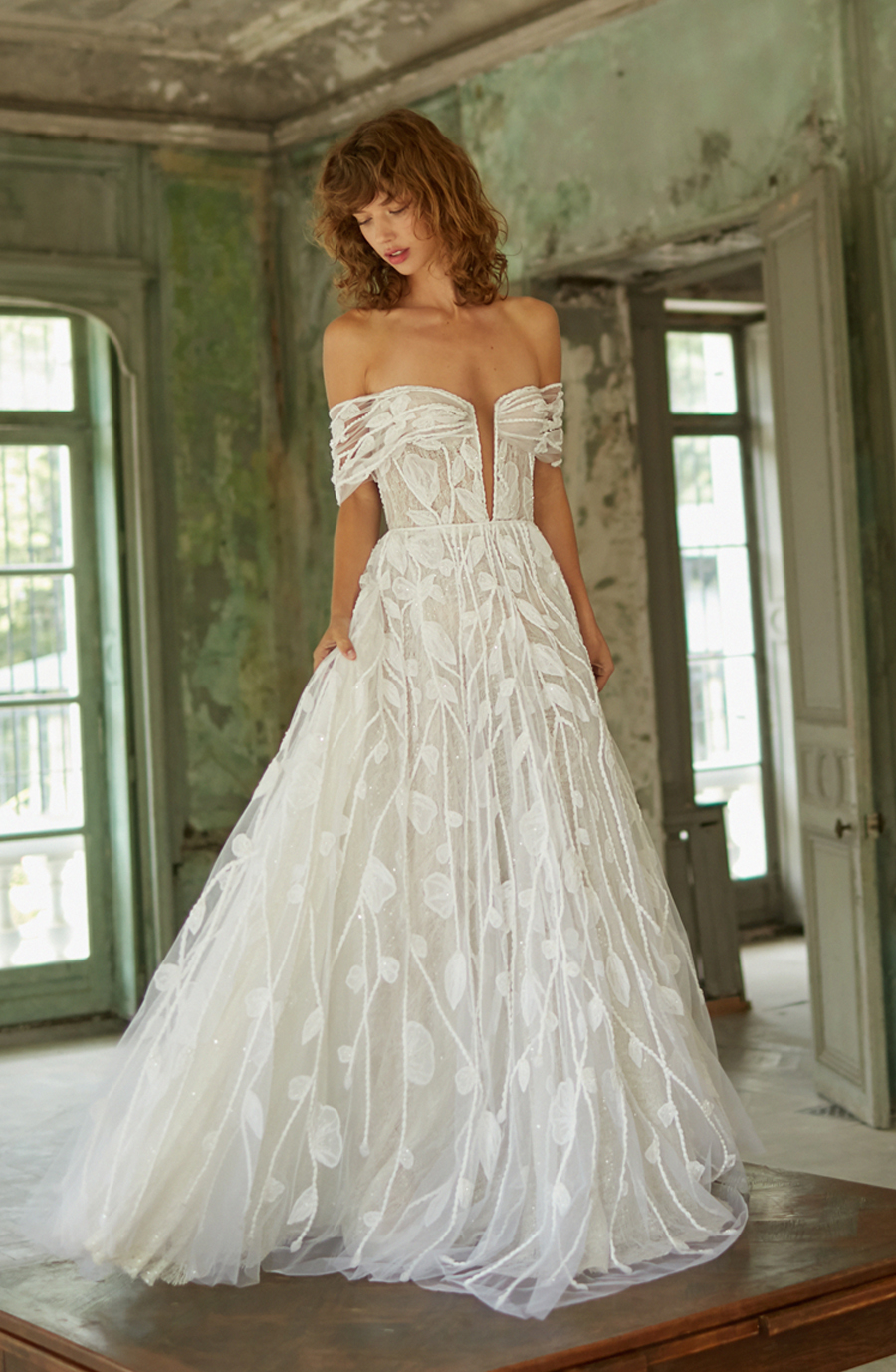 Dana Harel bridal gown nature greenery wedding planner french riviera
