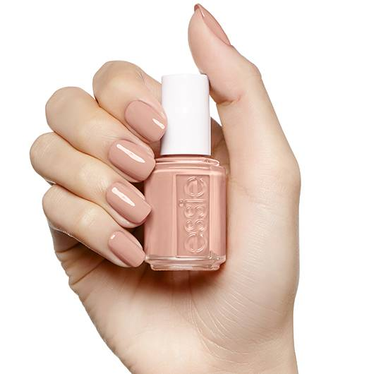 nude nail polish wedding bare with me wedding planner french riviera
